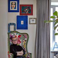 Андрей Руденский — известный актер театра и кино. Однако мало кто знает, что он еще и дизайнер интерьеров. Журнал ELLE DECORATION отправился к артисту в гости, чтобы получше узнать его в этой роли.