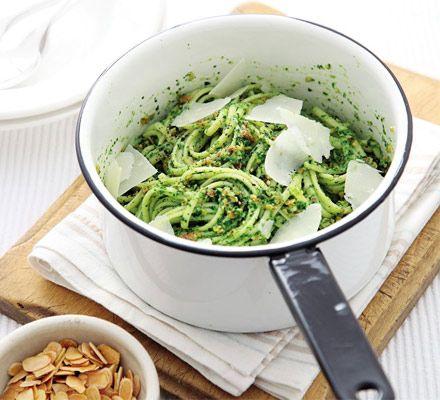 Linguine with watercress & almond pesto #meatfree #pasta