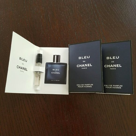 Chanel Bleu de Chanel Pour Homme samples CHANEL BLEU DE CHANEL EAU DE PARFUM POUR HOMME is a woody, aromatic fragrance for the man who defies convention. The profoundly sensual eau de parfum is infused with crisp citrus notes and offers an intense concentration of the fresh, clean, vibrant fragrance. Unexpected and undeniably bold. Included 3 sample sprays 0.05 Oz each. Sephora Makeup