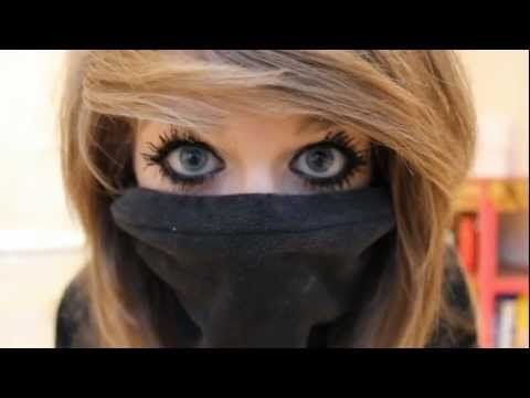 I love marina joyce...she is one of my favorite youtubers. and i LOVE the way she does her makeup<3