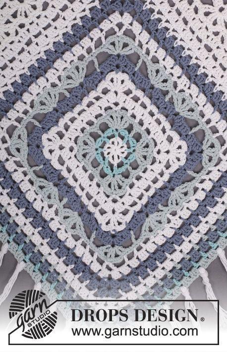 "Bohemian Blues - Crochet DROPS poncho in ""Paris"". One-size - Free pattern by DROPS Design:"