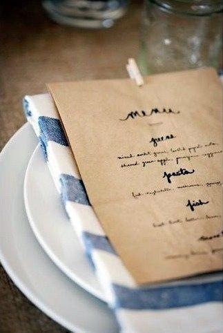 #Bolsas de papel kraft con tipografía #vintage, última tendencia para presentar el menú de #boda