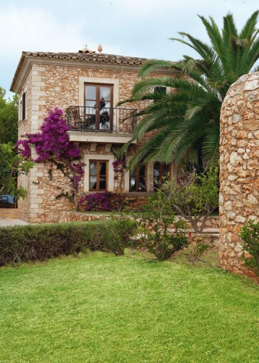 Rustic stone house in the spanish countryside digsdigs - Fachada de casas rusticas ...