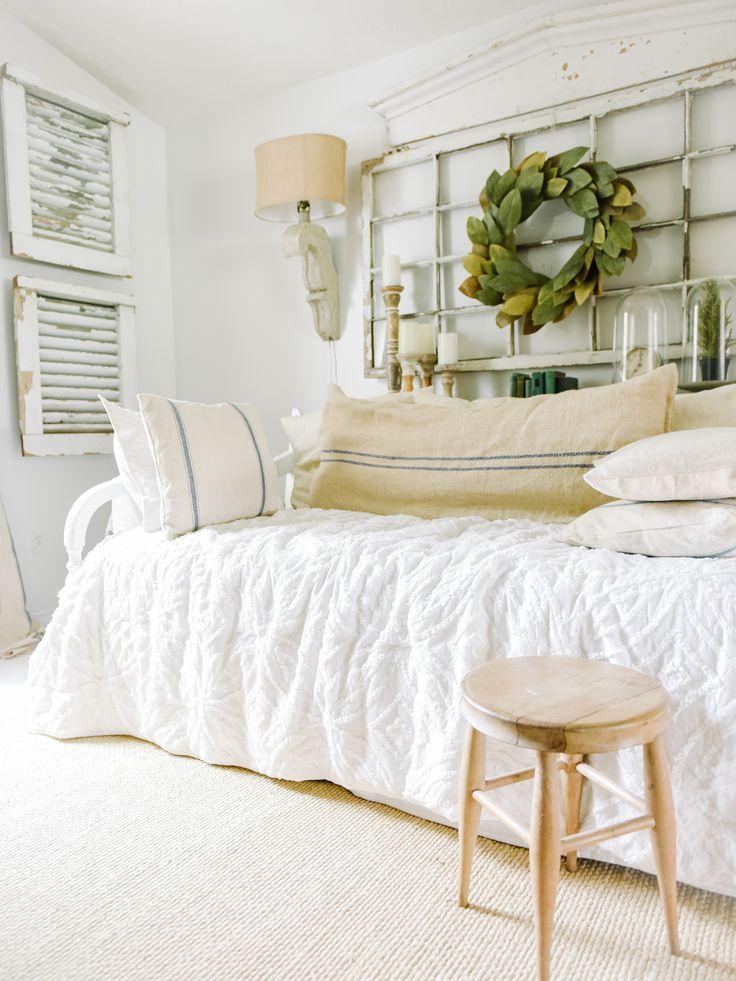 Top Ten Elegant Farmhouse Style Bedroom