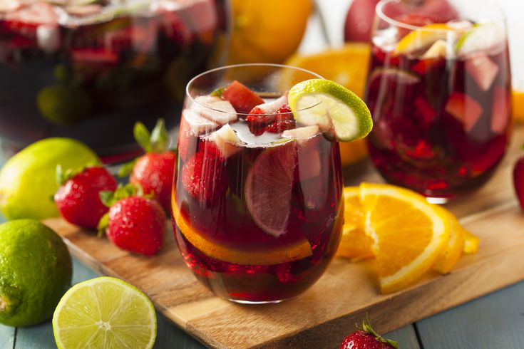 You may not think of pairing sangria with cheese but shockingly enough it actually enhances the flavor profile of Mlekbus Original.