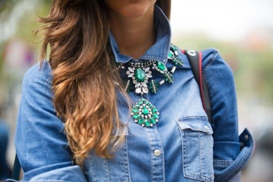 Neck candy.: Street Looks, Statement Necklaces, Denimshirt, Denim Shirts, Milan Fashion Week, Jeans, Street Styles, Crystals Necklaces, Chunky Necklaces
