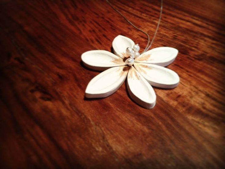 A gift for my mom! ♥♥♥ #woodenjewellery #wooden #handmadenecklace #handmade…