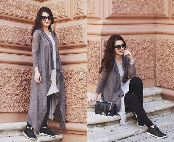 H&M Long Summer Cardigan, H&M Top, Bik Bok Jeans, Ecco Sneakers, Chanel Bag, Tom Ford Sunglasses