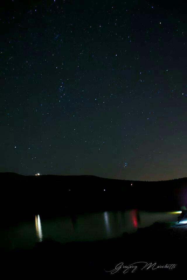 Giochi di luci e stelle sul lago