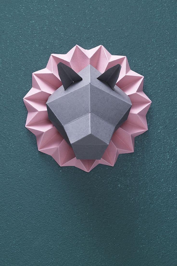 Paper trophy www.pandurohobby.com Paper by Panduro #decoration #DIY #paperfolding #folding #paper #art #panduro #origami #papper #pappersvikning #vika #animal #trophy
