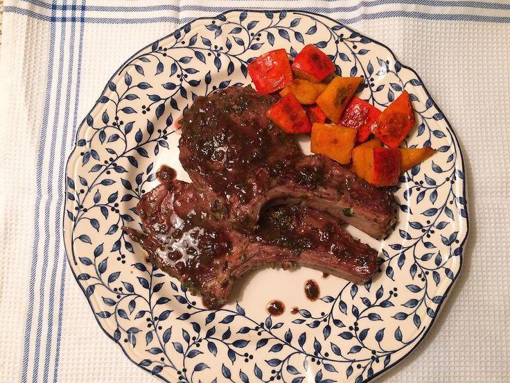 Varkenskoteletten met venkelzaad en rode wijn