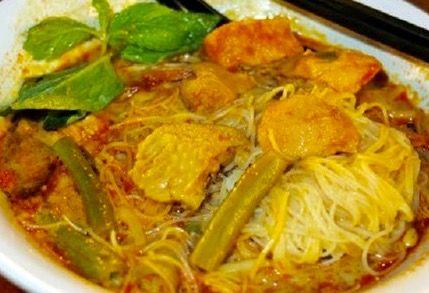 Curry Laksa @ Ming Tien @ 46G Jalan Pjs 8/11,  Bandar Sunway, Selangor - courtesy of HungryGoWhere