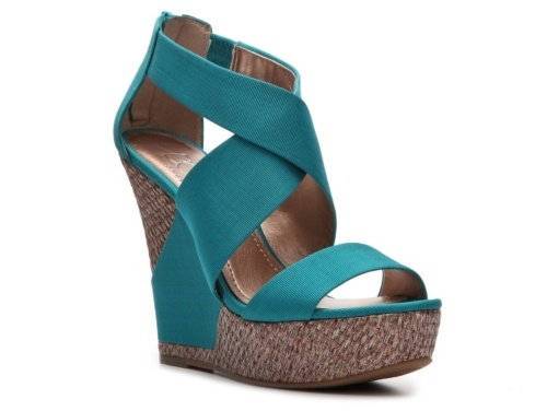 I actually own this shoe and the picture barely does it justice. It is THE wedge for Summer