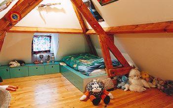 Leuk dat laag bed onder een lage zolder inspiration jops room pinterest house - Amenager laag zolder ...
