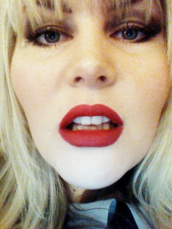 red lippy