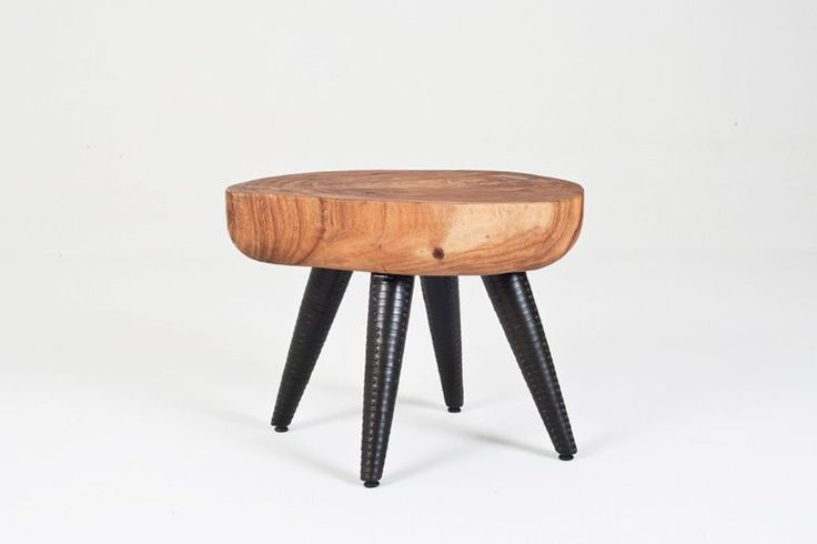 Acacia Side Table|W57 x D48 x H44 cm|2 200