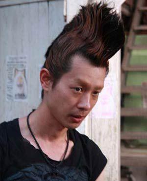 「時効警察」の三木聡が監督!麻生久美子がジリ貧OL、加瀬亮がモヒカン男に!?