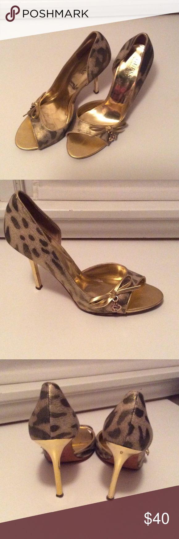 Guess gold pumps Great condition but worn on the bottom Guess Shoes