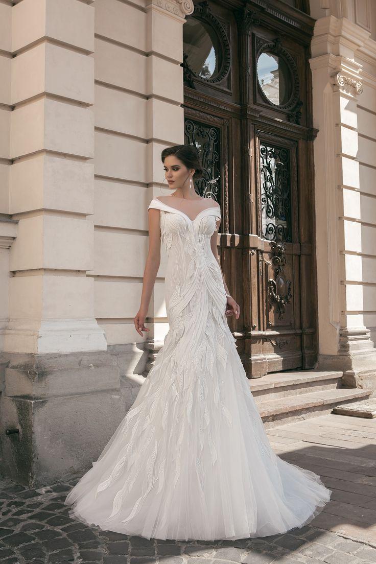 deLux Collection Weddding Dress Maxima Bridal