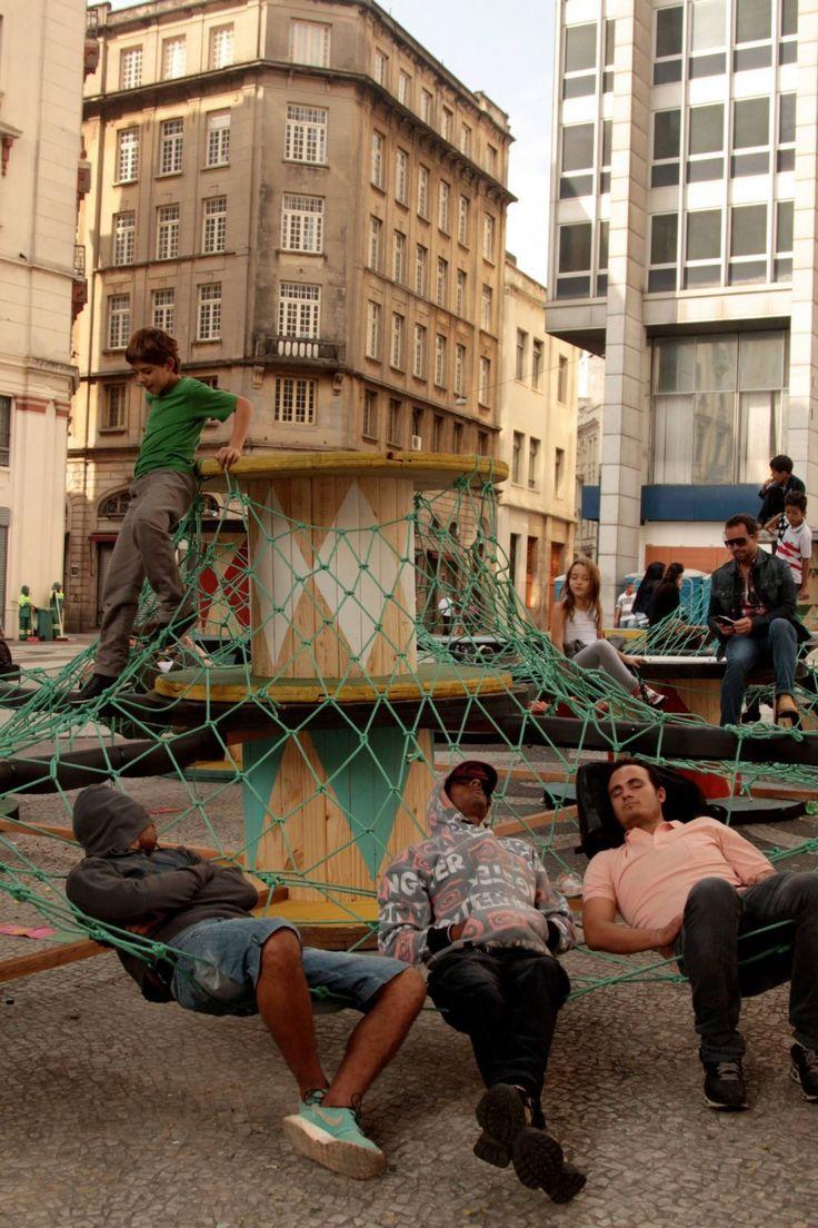 intervencion-urbana-equipamiento-extraordinario-punto-de-encuentro-e-interaccion-social-basurama-sao-paulo-more-than-green-2