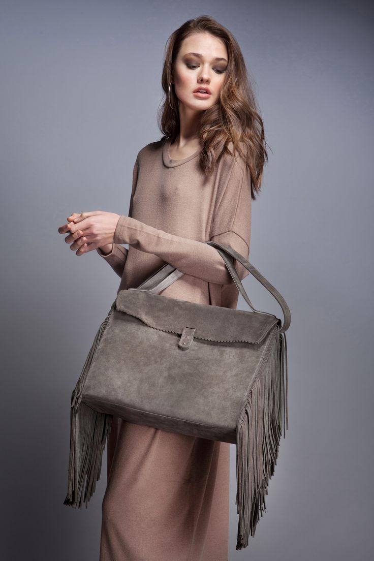 Medium Soft #Bag Fringes Edition