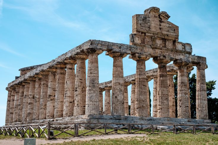 Wonderful pic of the doric temple at #Paestum! #history #travel #placestosee #archaeologicalsite #history #romanamphitheater #museums #greektemples #dorictemples #temples #magnagrecia #southofitaly #visititaly #visitcilento #visitpaestum #cilento #sea #sun #picoftheday #temples #archaelogicalsite #paestumarchaeologicalsite #riunsofpaestum #doric #roman