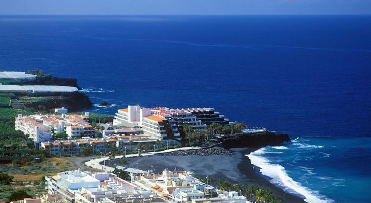 Sol La Palma Apartamentos Puerto Naos Set overlooking the tranquil beach of Puerto Naos and the Atlantic Ocean, Sol La Palma is a large aparthotel complex, with excellent facilities, ideal for a holiday with family or friends.