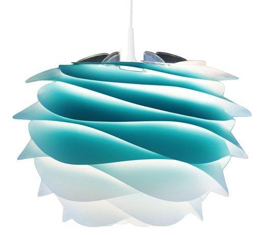 Lampa wisząca duży model składająca się z poliwęglanowej struktury, klosza z polipropylenowych dysków w azurowo-białym gradiencie, kabla zasilającego z białej tkaniny oraz białej rozety. Do złożenia ( ...
