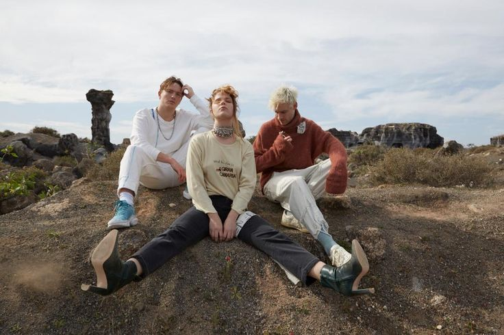 """Following the release of their latest single """"Falcon Eye"""" (Capitol Records), emerging Anglo-Danish trio Off Bloom has announced they will be bringing their epic live performance -- for the first time ever -- to North America this summer with a handful of highly anticipated dates."""