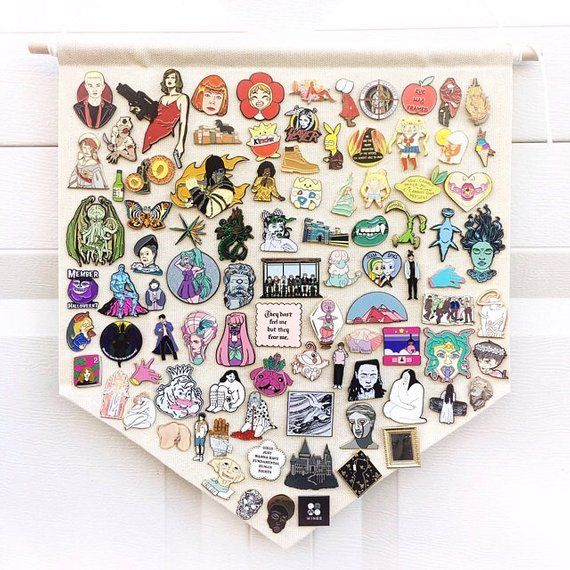 Enamel Pin Cute Funny Lapel Pins for Backpacks Clothes Jackets Hats,Kids Room Badge Display Hanging Cloth Pennant Brooch Organizer Wall Decoration Black M