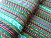 Mexikanischer Ethno Stoff - grün { Ikat Muster }