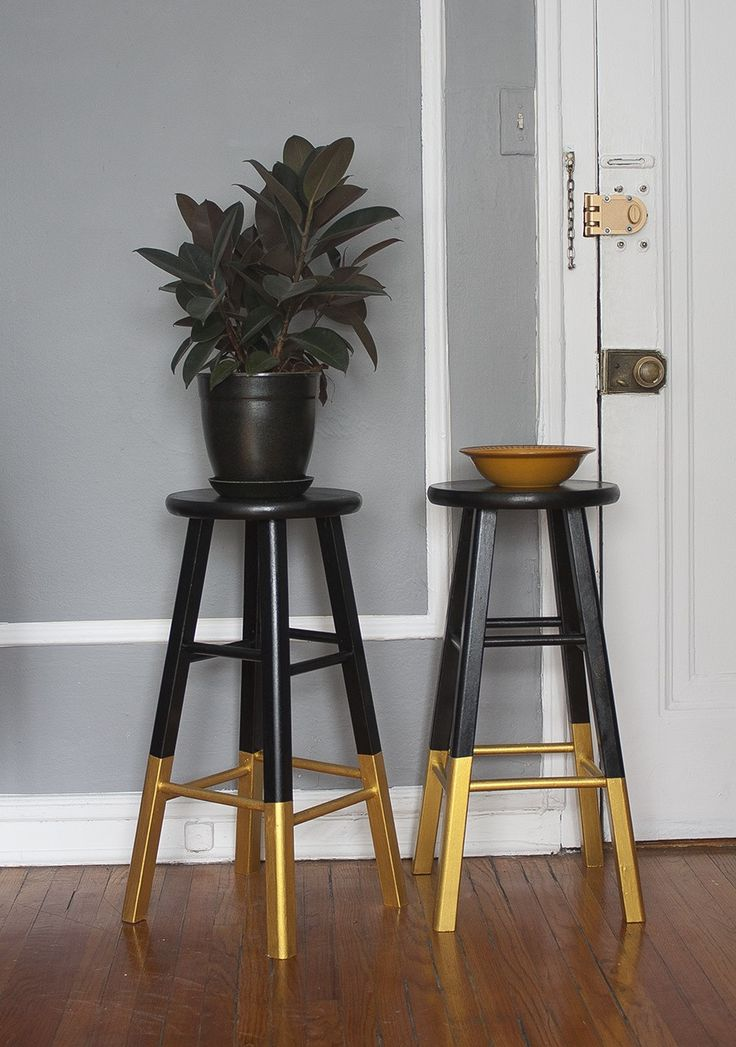 Dipped Bar Stools, Black and Gold $55 - chicago http://furnishly.com/catalog/product/view/id/2658/s/dipped-bar-stools-black-gold/