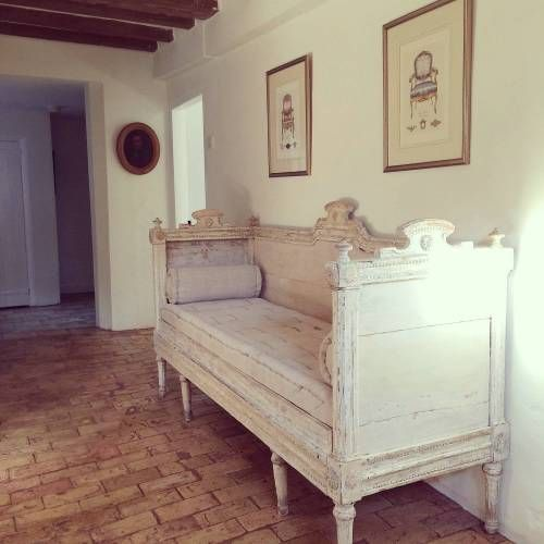 EXCEPTIONAL SWEDISH GUSTAVIAN SOFA BED