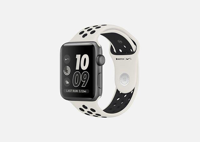 younkee.ru | лучший новостной сайт о гаджетах: Apple и Nike представили новую лимитированную верс... #apple #nike #sport #smartwatch #news #nikelab