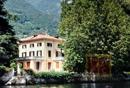 Waterfront Villas for Rent at Lake Como for Family Vacations