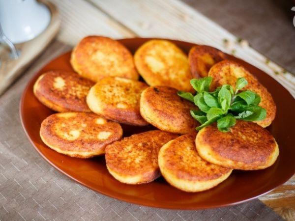 Чвиштари (кукурузные хлебцы с сыром) — vkusno.co