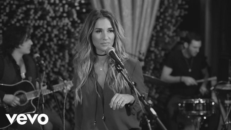 Jessie James Decker - Love On The Brain (Live from Blackbird Studios) 5-18-17