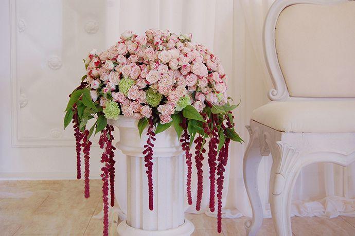 Wedding floral decoration https://www.facebook.com/aliarth.page/