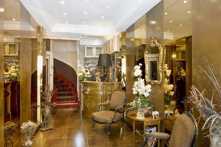 Hotel d'Argenson: April 2009