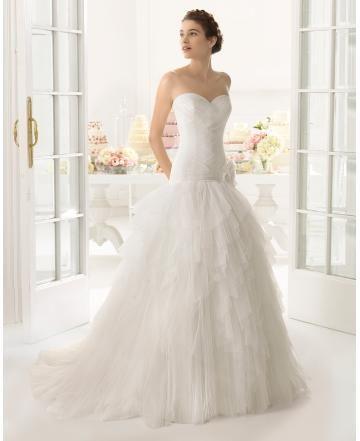 Retro inspirace Jaro Šněrování Svatební šaty 2015