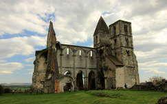 templom romok magyarország zsámbéki romtemplom