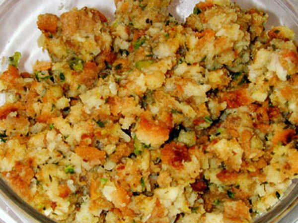 Classic Sage Onion Bread Stuffing | Yummy - Sides | Pinterest