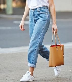 fashiontrends:   mom fit jeans---casual outfit