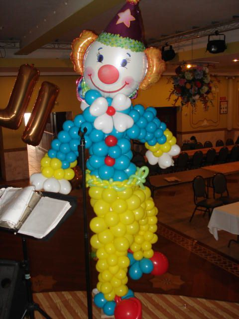 clown balloon