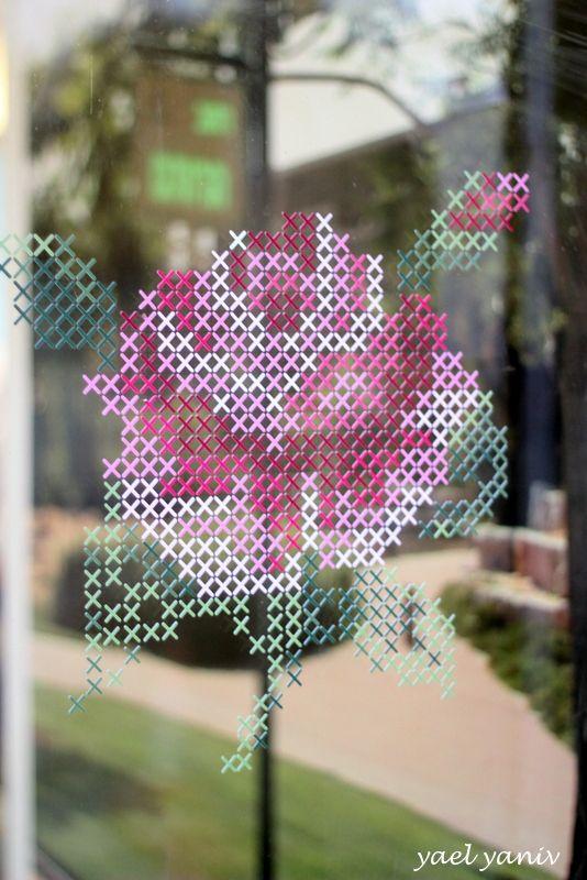 מדבקת קיר ורד - רקמת איקסים | handmade by YaelYaniv | מרמלדה מרקט