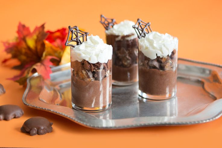 TURTLES Mousse Cups Dress your TURTLES up like mousse for Hallowe'en.