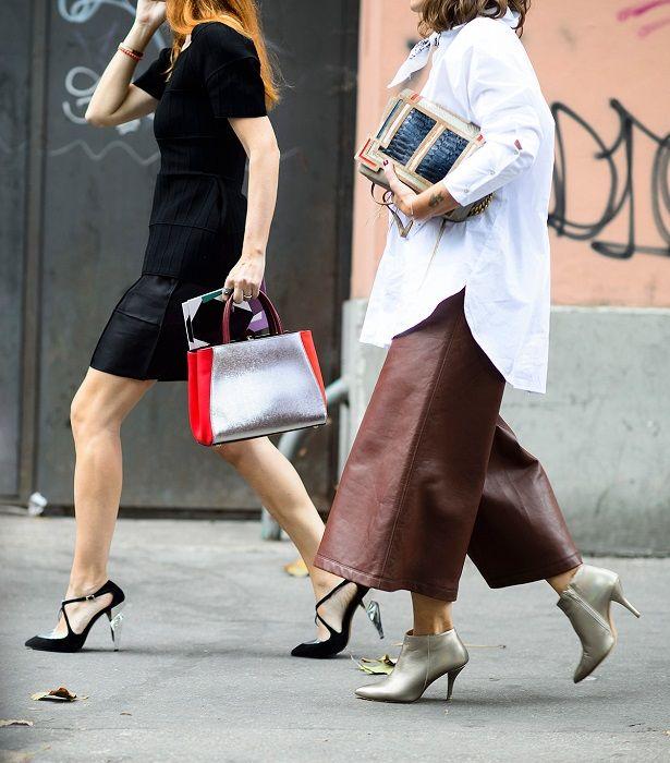 Το πιο chic στιλ στα δερμάτινα παντελόνια είναι αυτό