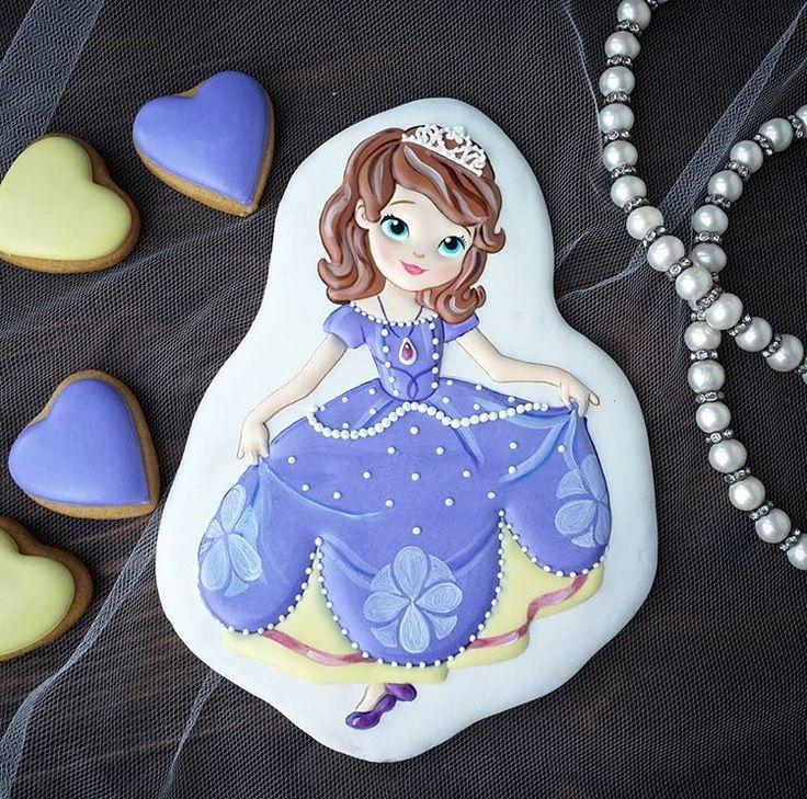 Торт с рисунком принцесса софия