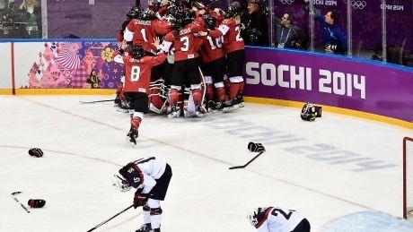 Canada boasts veteran roster for women's hockey worlds