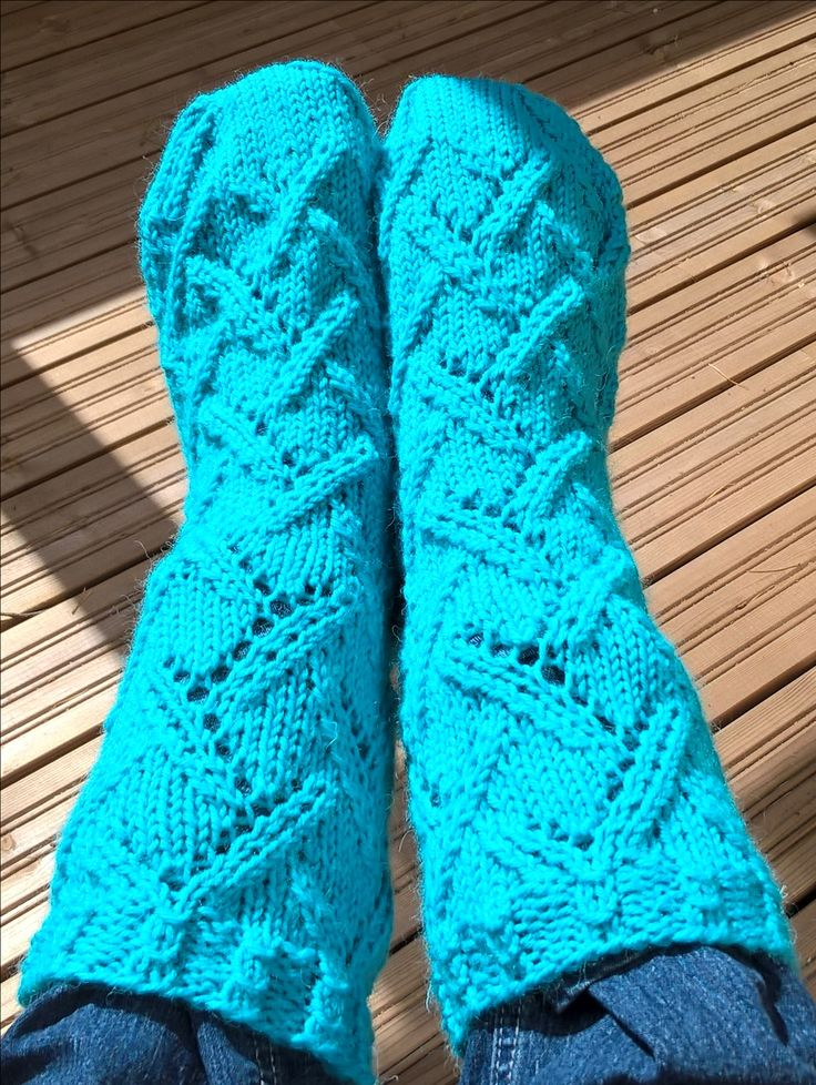 Sunshine socks design av Niina Laitinen